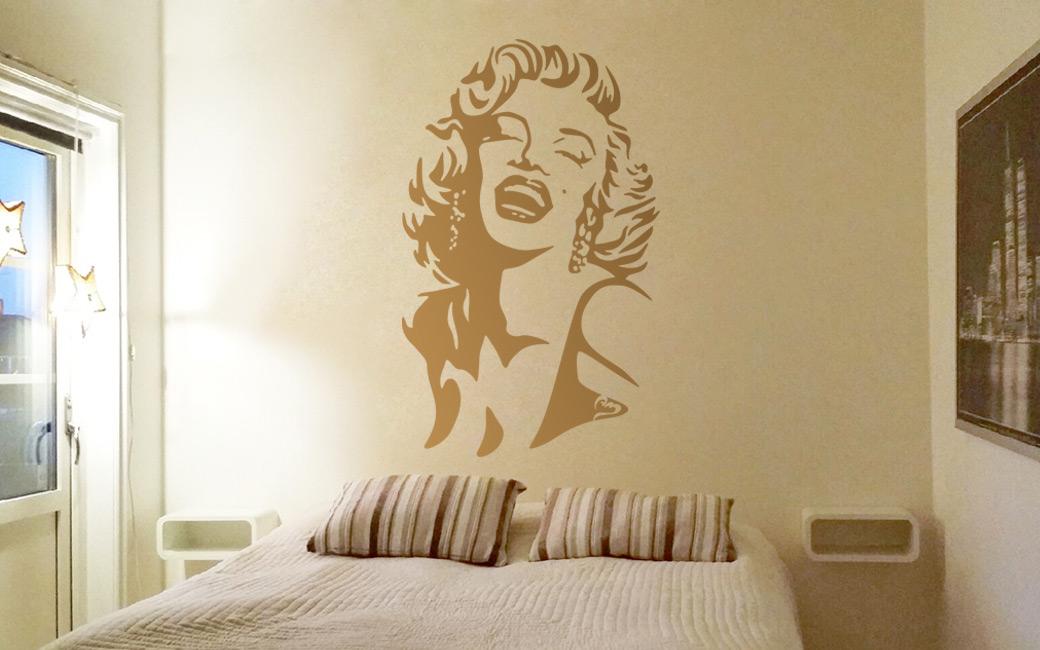 Marilyn Monroe väggdekal av MONROE DESIGN AB i Stockholm